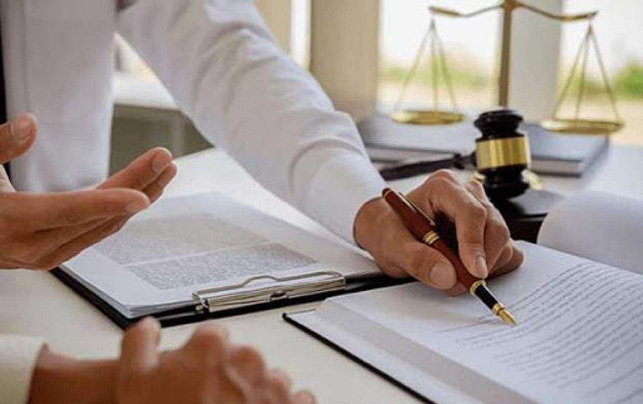 یک مشاور حقوقی حضوری چه وظایفی دارد