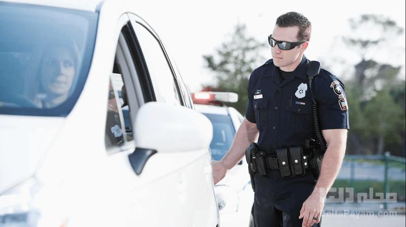 گشتن ماشین توسط پلیس